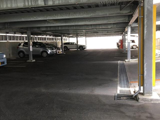 佐久市子ども未来館の駐車場